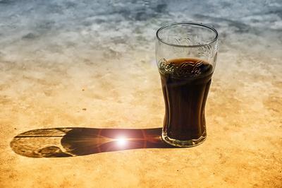 Cola und Flecken
